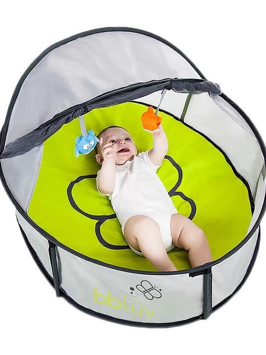 خيمة لعب وسرير متنقل 2 في 1 نيدو ميني من بيبي لوف image number 1